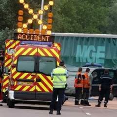 Train contre camion : deux morts, treize blessés