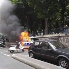 Paris : baston contre les flics