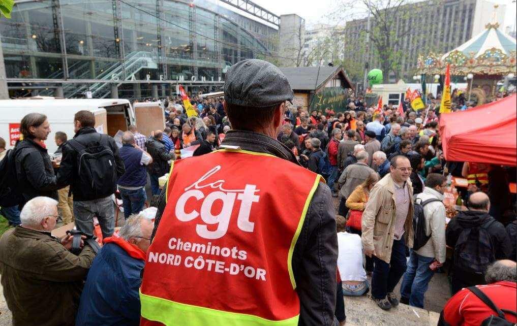 Mouvement de grève des cheminots de la SNCF contre la réforme ferroviaire.