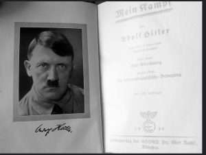 Capture.JPG hitler