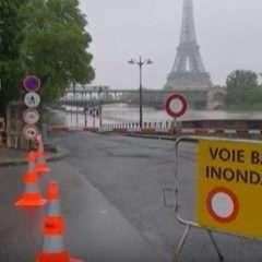 À Paris, les risques de crue sous haute surveillance