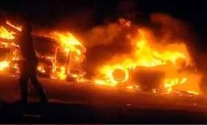 Les trois véhicules des maghrébins incendiés