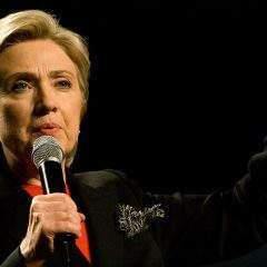 Hillary Clinton fragilisée par la bombe du FBI
