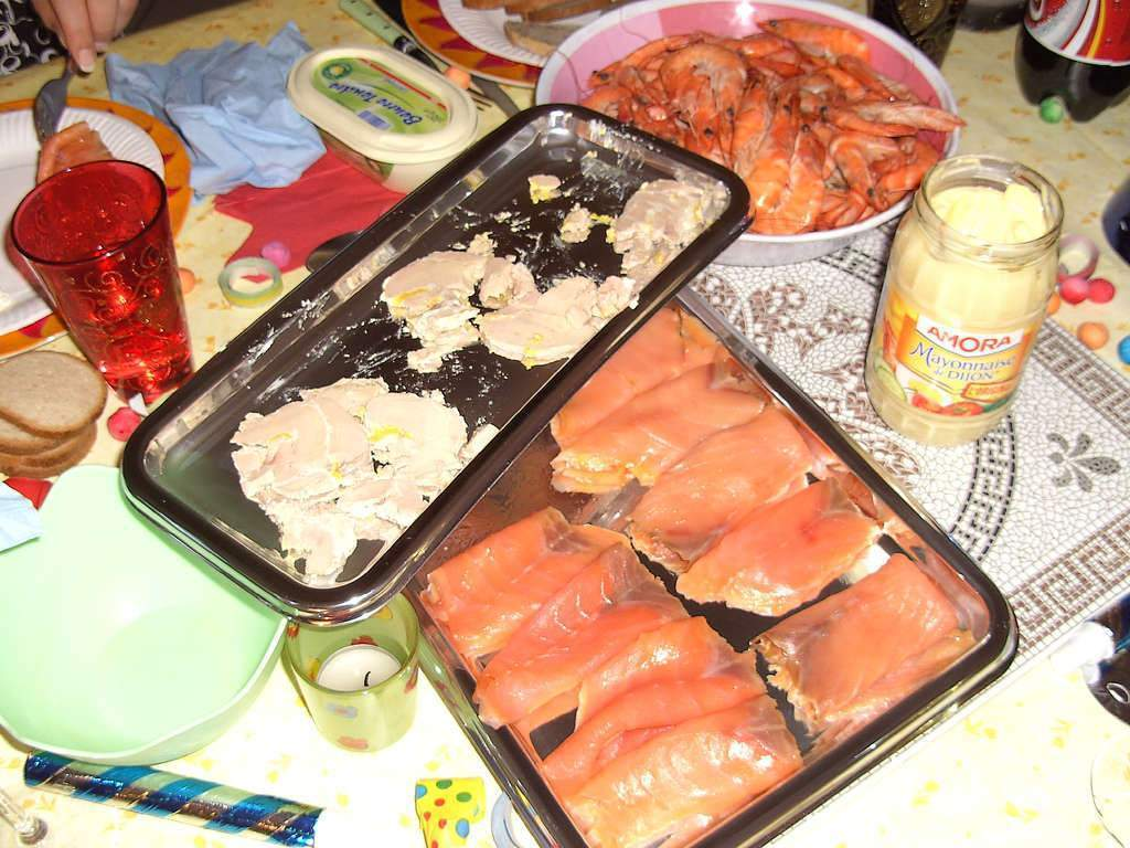 foie-gras-saumon-repas-de-fete