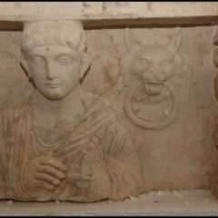 Vestiges archéologiques : la Suisse confisque des objets  provenant de Palmyre en Syrie, du Yémen et de Libye