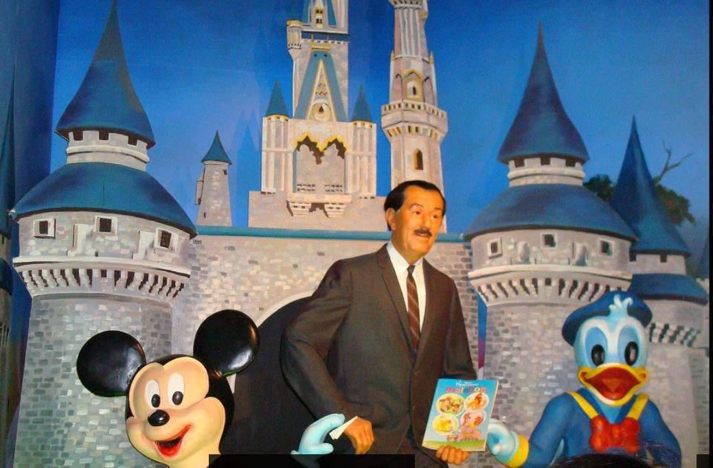 Pourquoi les films Disney sortent-ils à Noël ?