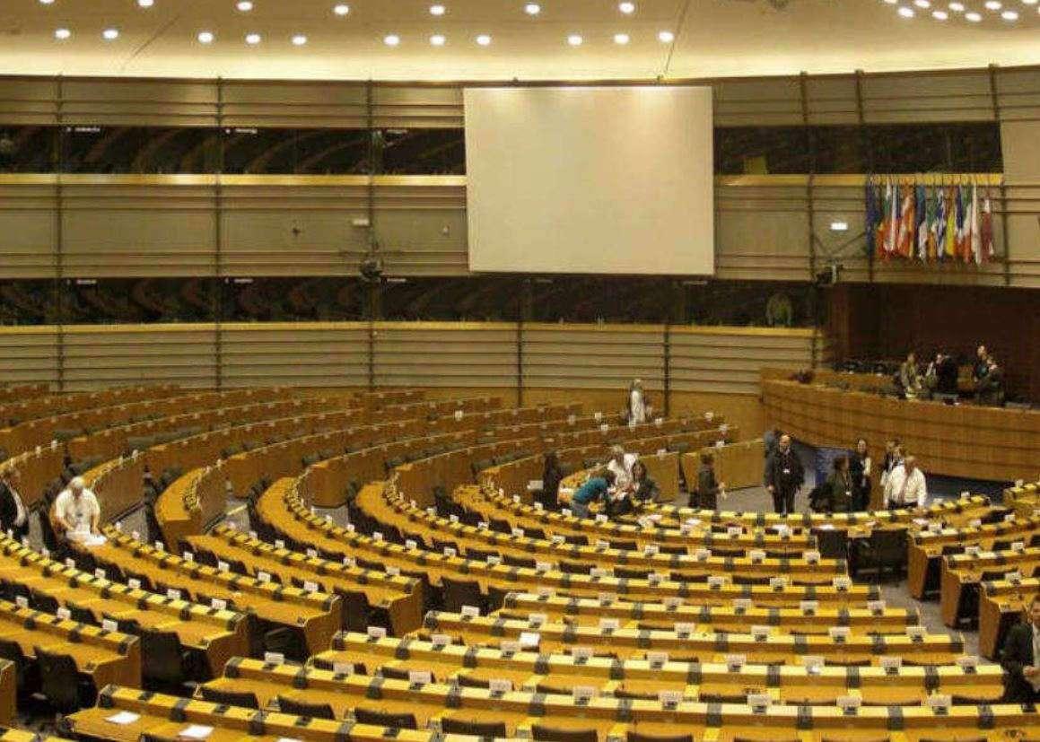 Le lobbying des fédérations professionnelles à Bruxelles : fabriquer du doute