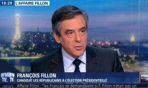 François Fillon, empêtré dans une salle affaire