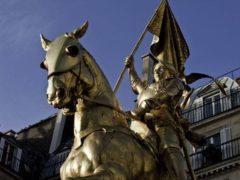eanne d'Arc entendait la voix de Saint-Michel, sainte Catherine et sainte Marguerite