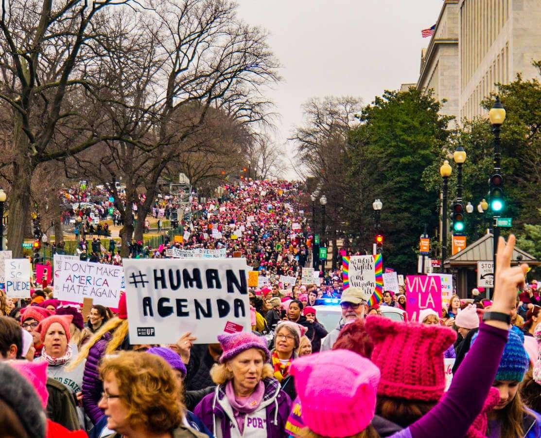 Trump menace les droits des femmes, aux États-Unis et dans le monde