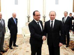 Vladimir Poutine reçoit François Hollande, le 26 novembre 2015, au Kremlin. Kremlin/Wiikimedia, CC BY-SA