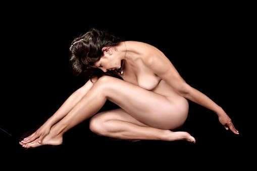 Le corps de la femme, temple sacré ou objet public ?