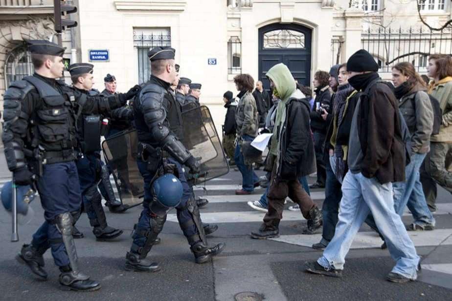 Sécurité, justice: examen critique des propositions de Le Pen, Fillon et Macron