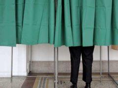 Les bureaux de vote sont ouverts
