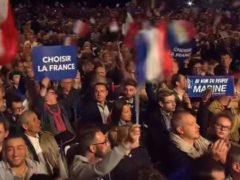 Meeting de Marine Le Pen (capture Russia Today)