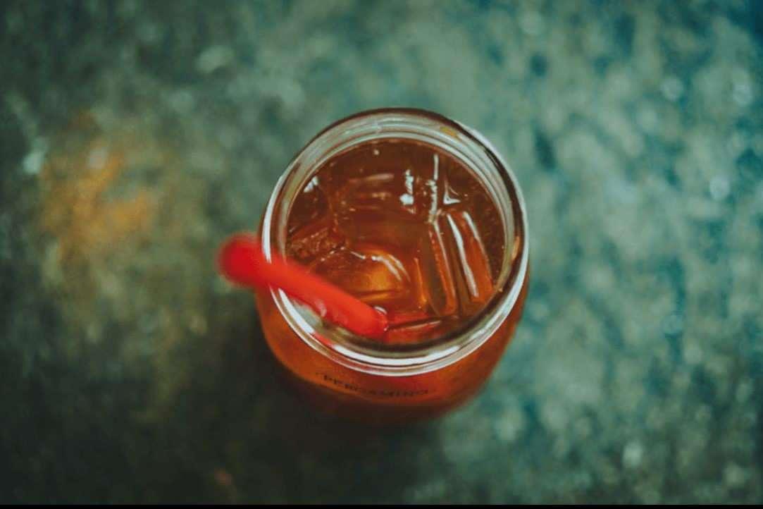 Boisson énergisante et alcool, un cocktail à risque… psychologique
