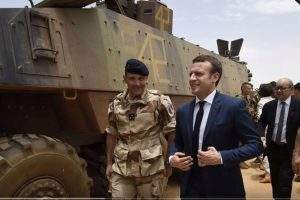 Emmanuel Macron au Mali (capture updates news)