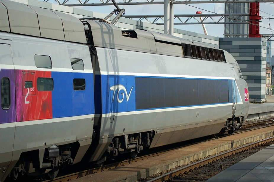 TGV «InOui», ou les risques industriels d'unchangement denom