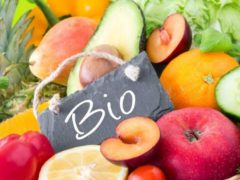Pourquoi les fruits et légumes bio sont-ils vendus si chers?