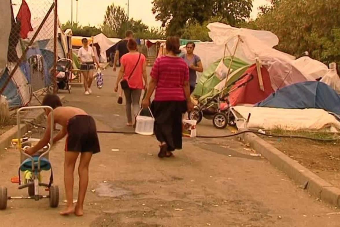 Cinq à six cents personnes vivent au camp de Blida à Metz dans des conditions indignes.