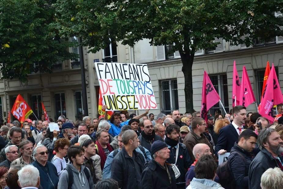 Mobilisations anti-Macron etémotion: uneconvergence conservatoire