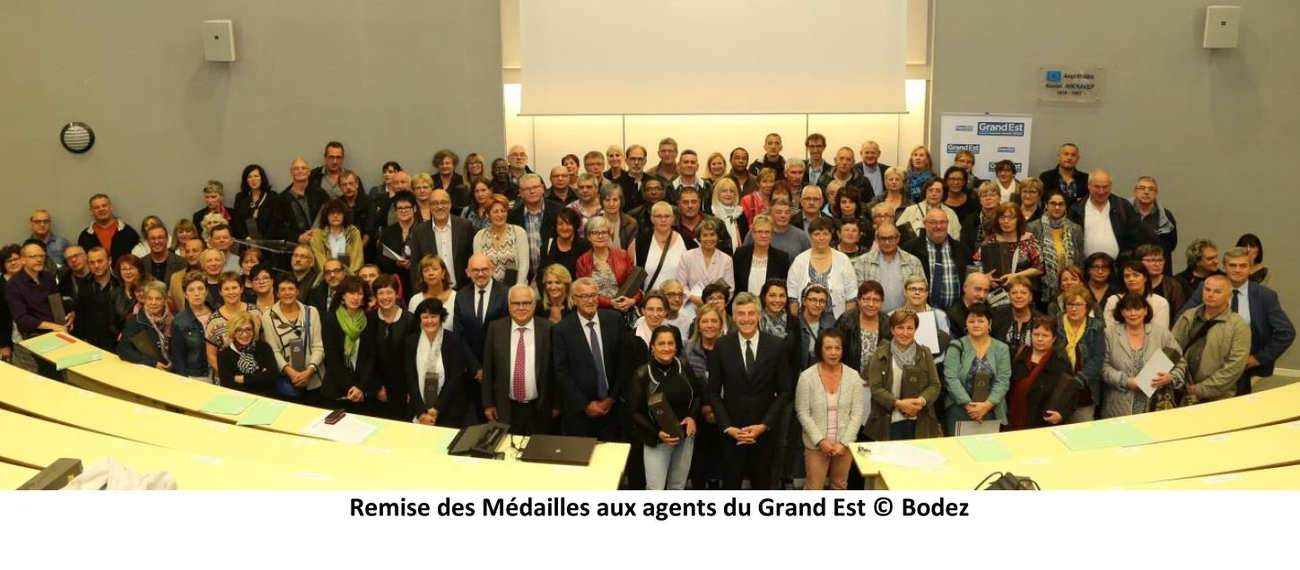 Médailles du Travail : 1.120 agents décorés au Conseil régional