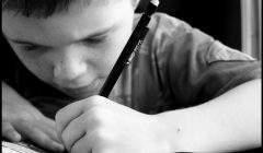 L'apprentissage de l'écriture. Marin Dacos is waiting 4 les tambours de la pluie via VisualHunt.com, CC BY