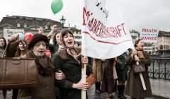 Ce n'est qu'en 1971 que le droit de vote a été accordé aux femmes, en Suisse.