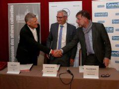 Signature de la convention (photo Pascal Bodez région GE)