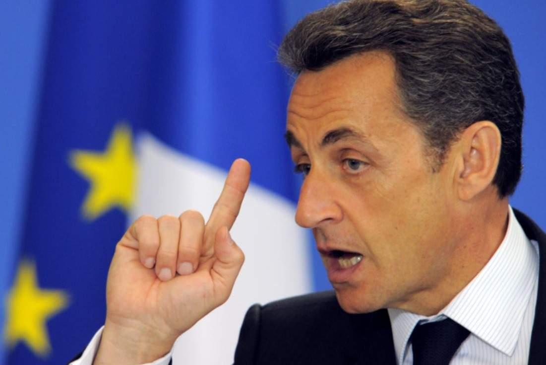Sarkozy toujours en garde à vue