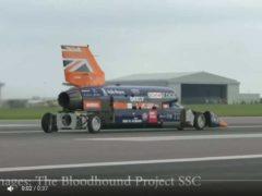 La voiture-fusée de demain (Bloodhound SSC)