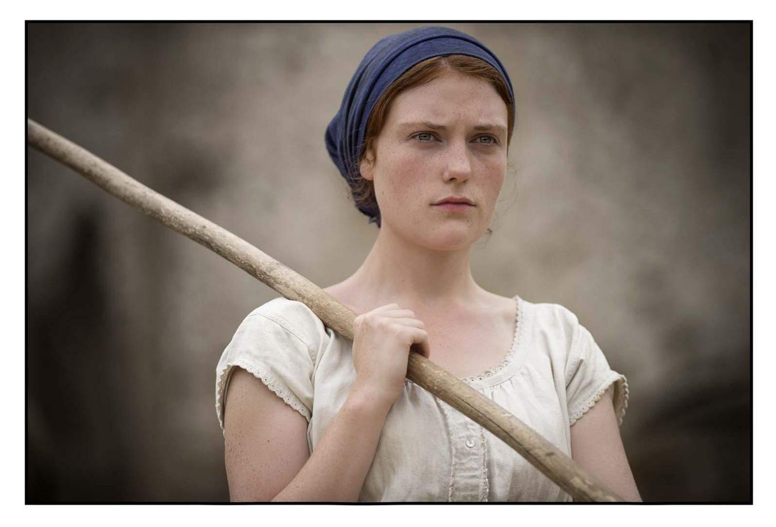 Dans son tout premier rôle, la jeune Iris Bry est la révélation du film.