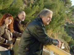 """Ariane Ascaride, Jean-Pierre Darroussin, et Gérard Meylan, frères et soeur dans le film de Robert Guédiguian, """"La Villa""""."""
