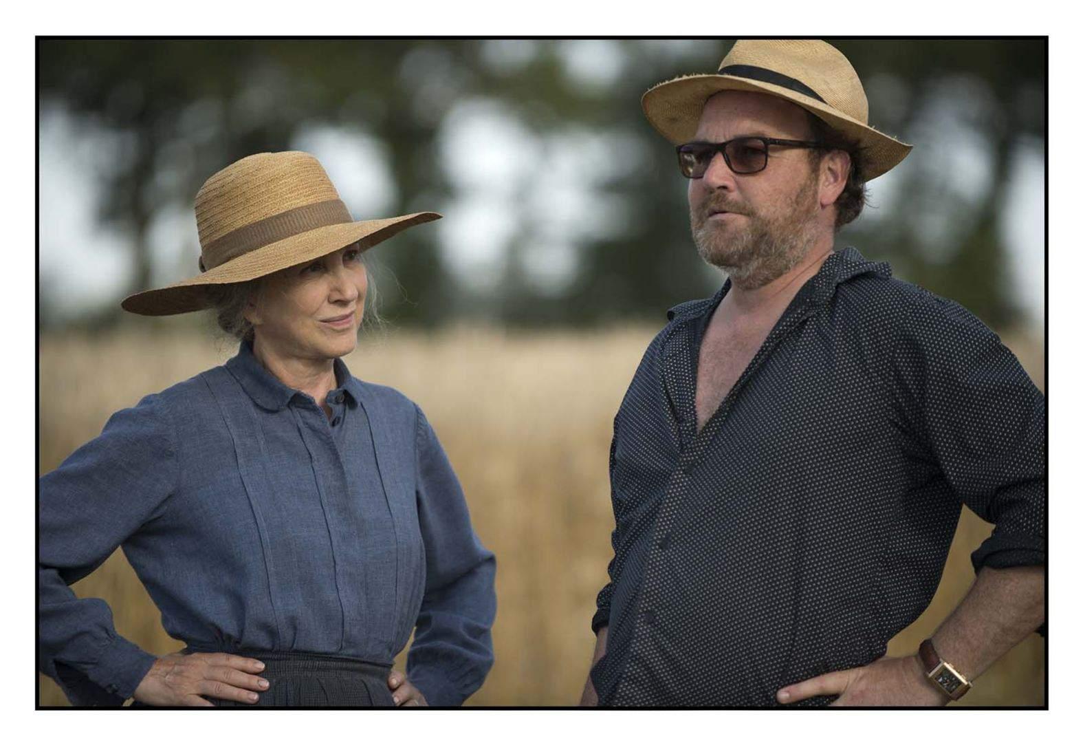"""Nathalie Baye et Xavier Beauvois : """"Je lui fais une confiance totale"""", dit l'actrice."""