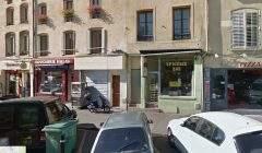 Le feu a pris dans un appartement du premier étage du 78 bis, rue Saint-Nicolas à Nancy (google street)