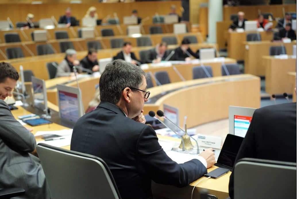 La CP du Conseil régional Grand Est du 15 décembre 2017 présidée par Jean Rottner (photo P. Bodez Région GE)