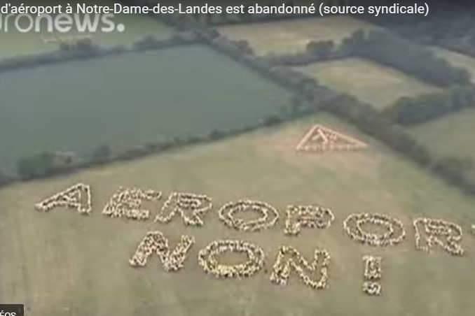 Les Zadistes se sont battus pour refuser cet aéroport (capture Euronews)