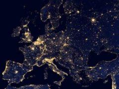 Les niveaux enregistrés aussi bien en Europe qu'aux États-Unis permettent d'anticiper un maintien de la croissance économique sur des niveaux relativement importants. Pixabay, CC BY