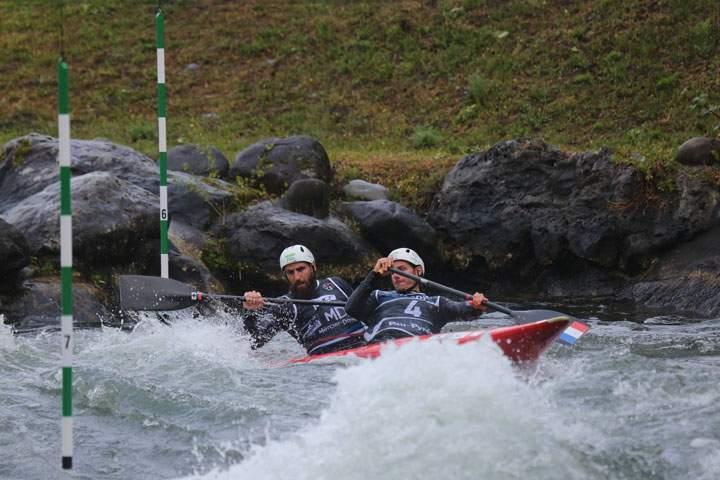 Gauthier Klauss et Mathieu Peche, champions du monde de canoë-kayak,