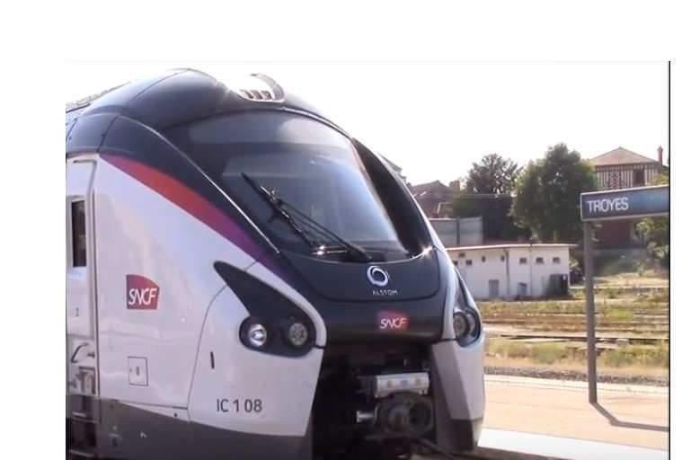 SNCF : ligne 4 (Rail de France)
