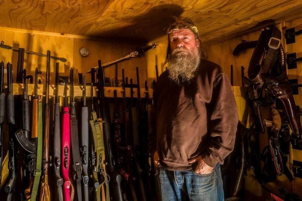 """Claus Drexel a cherché à """"comprendre l'incompréhensible"""" : l'attachement des Américains à leurs armes."""