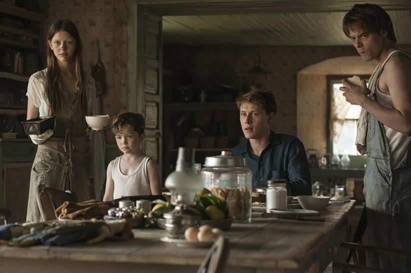 """Un drame familial et mystérieux, réalisé par le scénariste de """"L'Orphelinat""""."""