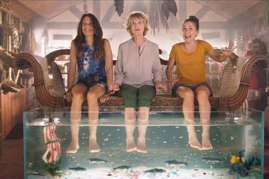 Miou-Miou et ses deux filles de cinéma : Camille Cottin et Camille Chamoux.