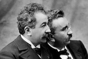 Auguste et Louis Lumière. Vimeo