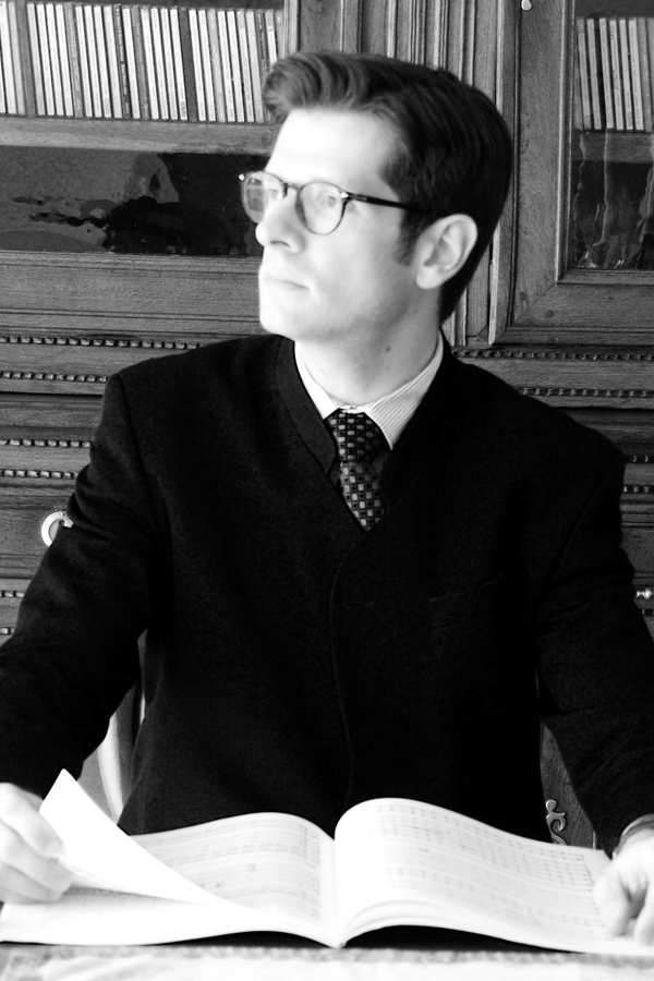 Cyril Pallaud à l'orgue (photo Capella Sacra)