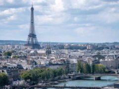 Paris, théâtre d'un jeu social méconnu. Wikimedia, CC BY