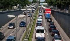 Tous les véhicules polluent, essence, diesel et même électrique (Créative Commons)