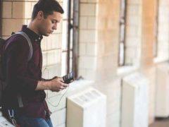 La période qui précède les oraux peut se révéler particulièrement stressante pour les adolescents. Plusieurs méthodes permettent de diminuer l'anxiété. David Kennedy/Unsplash