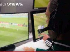 Pour la première fois l'arbitrage vidéo accepté par la FIFA (capture euronews)
