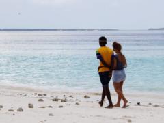 Les amours sur la côte zanzibarie sont bien souvent plus tenaces qu'elles n'y paraissent. Altaïr Desprès, Author provided